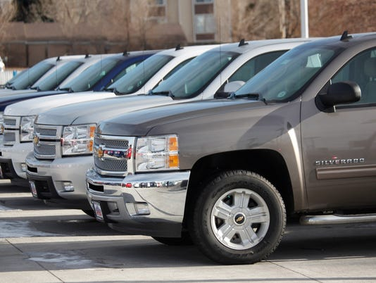 Gm To Direct Sell Employees Trade In Used Cars To Public