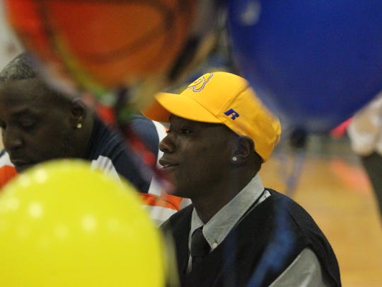 Rickards defensive back Anfernee Simmons signed Division-I to play with Albany State.