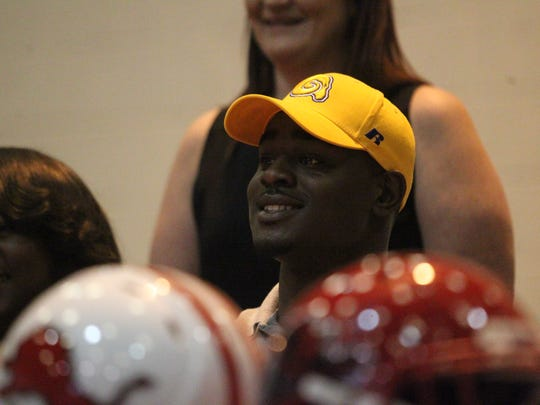 Leon defensive lineman Dave Biles signed with Albany State.