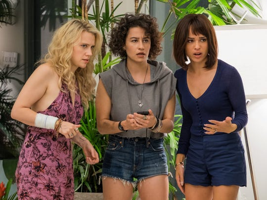 Kate McKinnon (from left), Ilana Glazer and Zoë Kravitz
