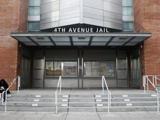 Bomb threat at 4th Avenue Jail