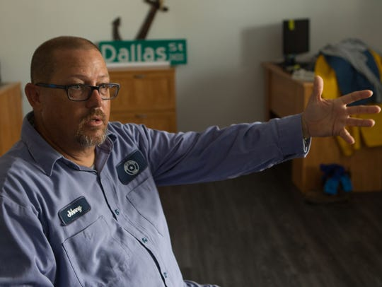Johnny Davis recalls leading Fulton residents to safety