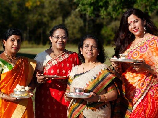 diwali18-women