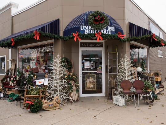 The storefront at Uniquely Me Boutique decorated for