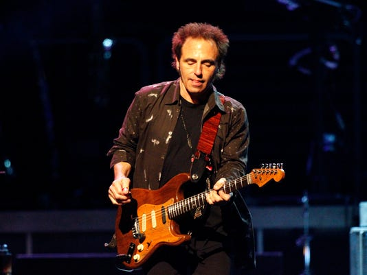 AP BRUCE SPRINGSTEEN MUSIC A ENT USA PA