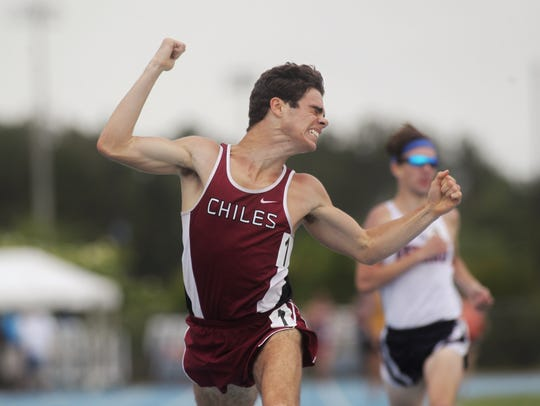Chiles senior Michael Phillips captured a 1600-meter