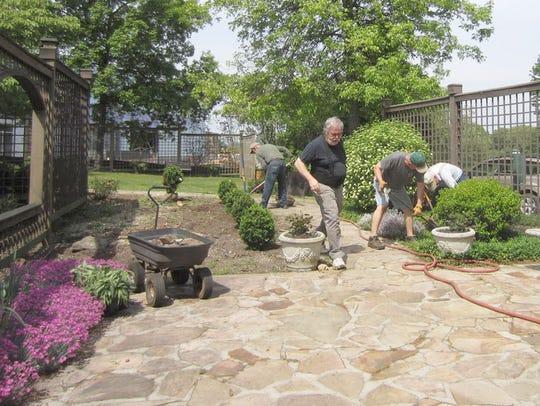 Among the Men's Garden Club of Asheville's volunteer