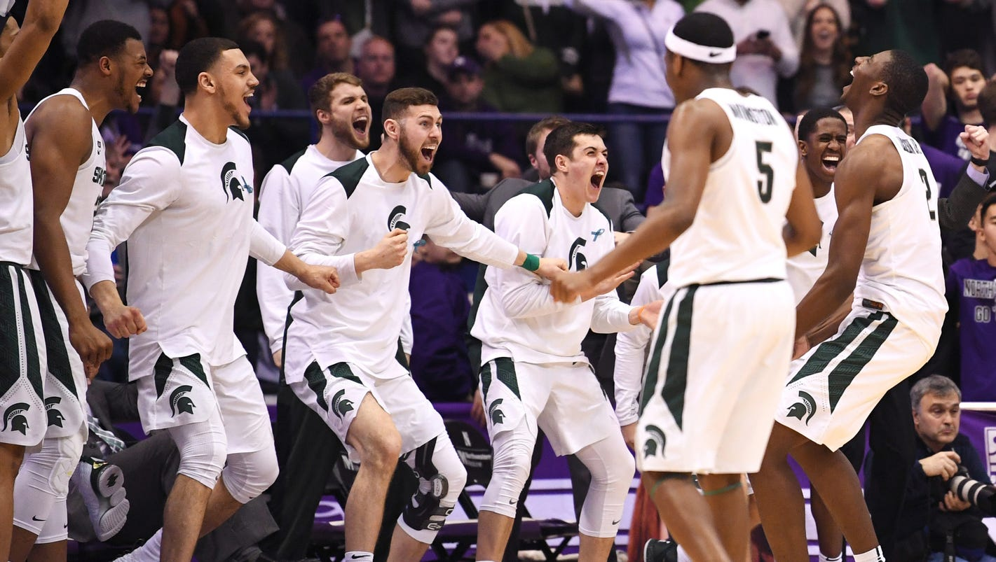 Coaches poll: Michigan State holds at No. 1, Michigan up to No. 16