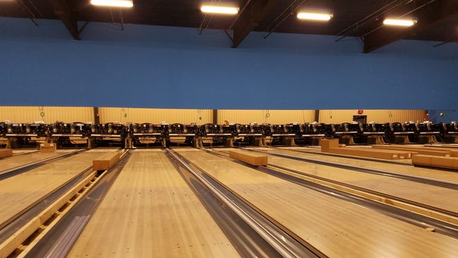Crews worked this week to install the 24 bowling lanes and gutters at Basin Lanes. City staff estimate Basin Lanes to be open for business in Summer 2018.