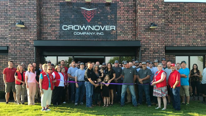 Crownover Company hosted the Chamber's Morning Brew followed by a Ribbon Cutting on June 7. The event was well attended by Chamber Ambassadors, members and guest.Lyle Crownover owns and operates Crownover Company Inc., whichhas been serving the Twin Lakes Area in the construction industry for several decades. They take pride in helping the community grow and look forward to serving the residential and commercial needs of the Twin Lakes Area for many years to come.The new Crownover Company office is located at 4520 U.S. Hwy. 62/412W inMountain Home.