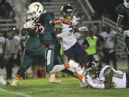 Dunbar takes on Lehigh in a high school football matchup