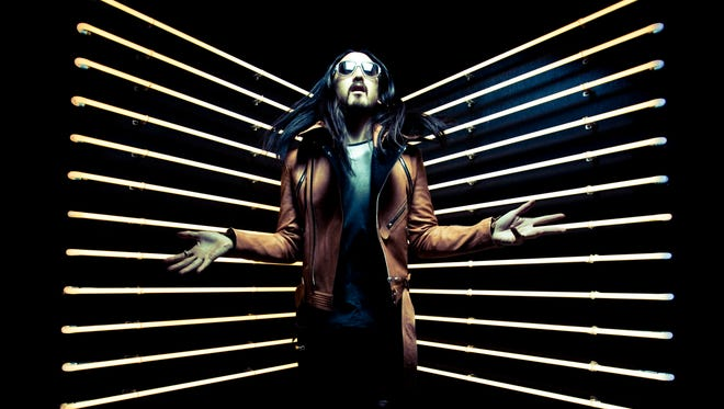 """DJ/producer Steve Aoki switches places with Richard Simmons in Aoki's video for """"Bring You to Life (Transcend)."""""""