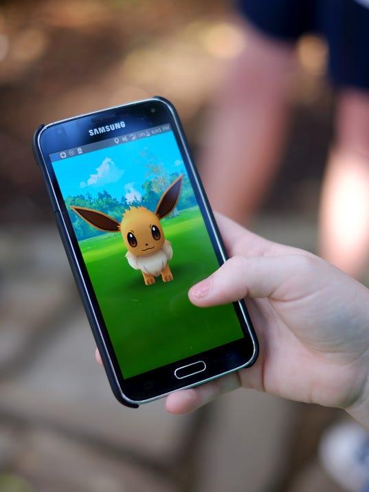 636344152325460647-0724-KCLO-Pokemon-10.JPG