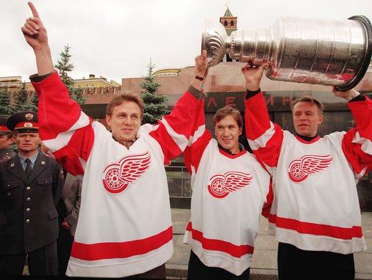 Detroit Red Wings Vyacheslav Fetisov, right, Vyacheslav