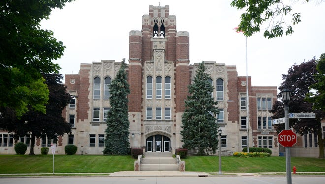 2017 exterior of Whitefish Bay High School.