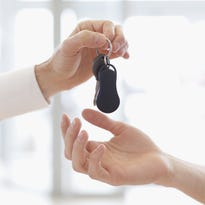 4 things to know before you buy a new car