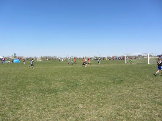 -minibolt soccer.jpg_20150503 (2).jpg