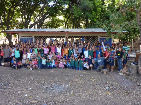 This school was built by Linking Hands for Learning, a nonprofit organization that builds schools in Nicaragua.