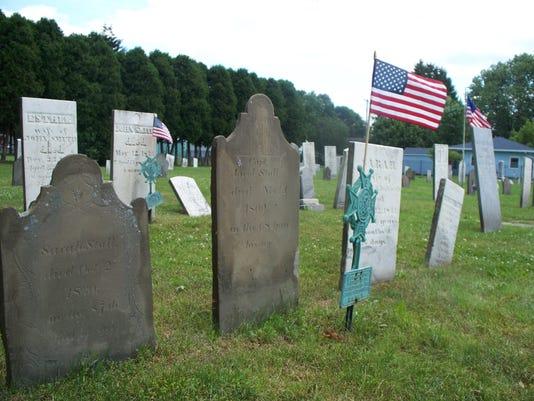 -Cemetery.JPG_20100702.jpg