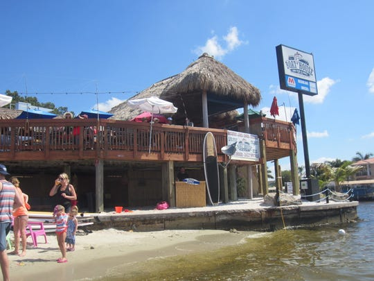 SUPciety is located beachside, right below The Boathouse Tiki Bar & Grill at the Yacht Club Community Park. Paddleboards are rented by the hour and a short lesson about how to use them is given beforehand.