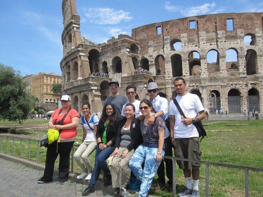 Boronda Students in Rome 2013.jpg