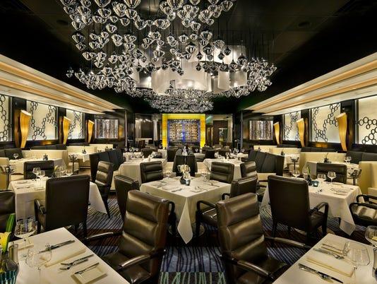 635878774113593365-atlantis-steakhouse-dining.jpg