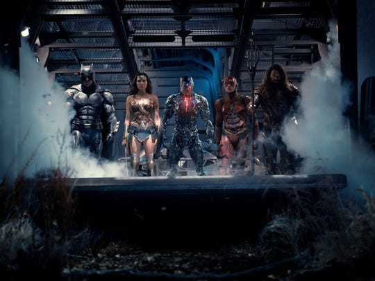 Batman (Ben Affleck), Wonder Woman (Gal Gadot), Cyborg