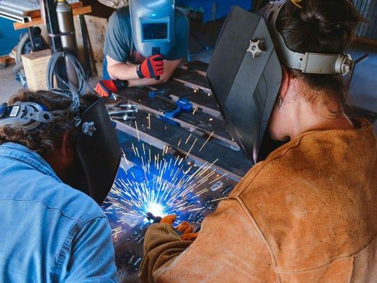 636561122139048756-welding-class.jpeg