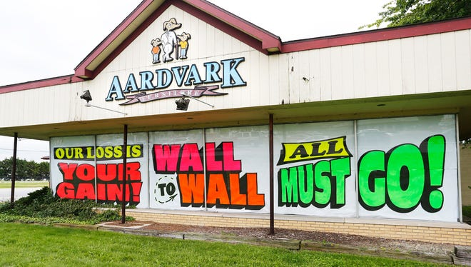 Aardvark Furniture Tuesday, May 17, 2016, at 3477 South Street in Lafayette. After 37 years in business, owner Dick Mullen is closing the store.