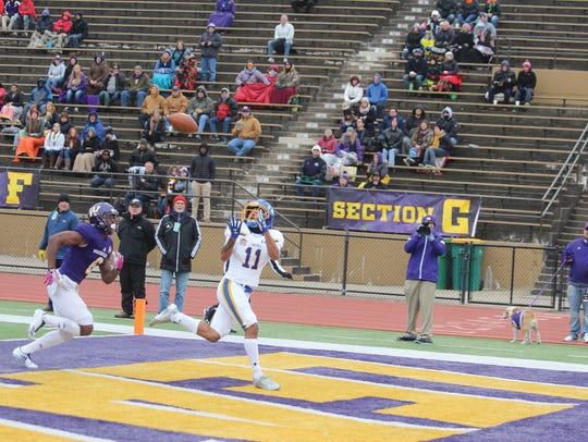South Dakota State receveir Marquise Lewis catches
