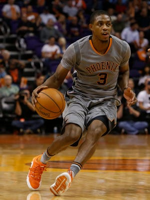 Phoenix Suns guard Brandon Knight (3) in the first quarter during an NBA basketball game against the Los Angeles Clippers, Thursday, Nov. 12, 2015, in Phoenix.