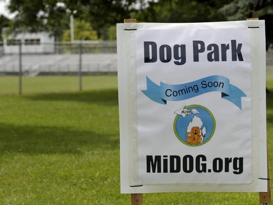 Veterinarians caution dog owners about dog park visits now that the dog flu virus has surfaced in Michigan.