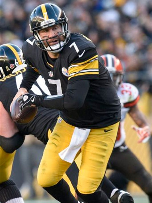 Pittsburgh Steelers quarterback Ben Roethlisberger came off the bench to lead his team to a 30-9 win over Cleveland on Sunday.