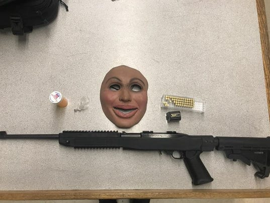 636461748537665793-SPD-mask-gun-seizure-2.JPG