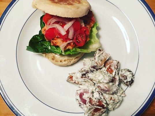 636525646001926390-salmon-burger.jpg