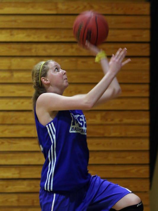 Laurens Fight Basketb_Chil.jpg