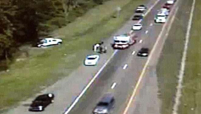 An accident on Interstate 220 in Jackson blocked the right southbound lane