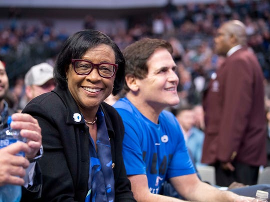 Feb 26, 2018; Dallas, TX, USA; Dallas Mavericks interim CEO Cynthia Marshall watches the game between the Mavericks and the Indiana Pacers with Mavericks owner Mark Cuban at the American Airlines Center. The Mavericks defeat the Pacers 109-103. Mandatory Credit: Jerome Miron-USA TODAY Sports ORG XMIT: USATSI-363123 ORIG FILE ID: 20180226_szo_an4_0220.JPG