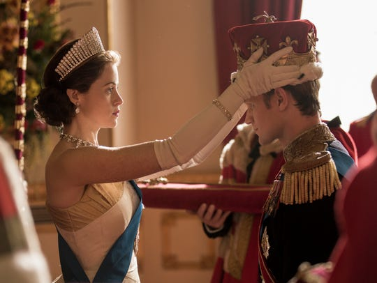 Claire Foy as Elizabeth II and Matt Smith asPrince