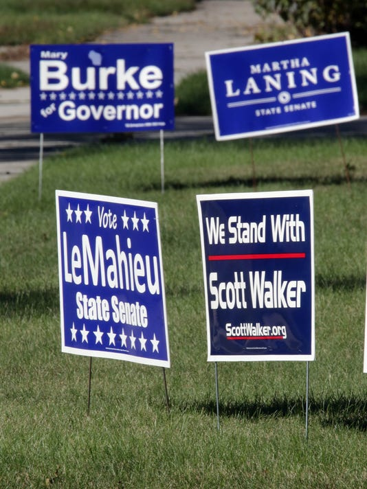 she n Political Signs0923_gck-01.jpg