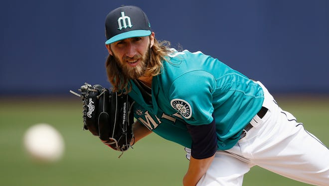 Mariners left-hander Dillon Overton allowed one run in six innings Saturday against Texas.