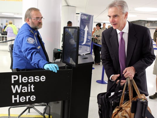 Travelers Love Hate Tsa 39 S Pre Check Security Lanes
