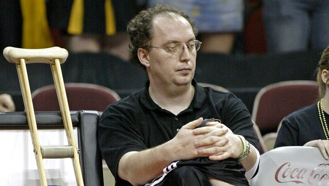 Former Iowa State basketball player Julius Michalik, shown here coaching for Tri-Center of Neola's boys' team in the 2007 state tournament, has been named the new girls' coach at Fort Dodge.