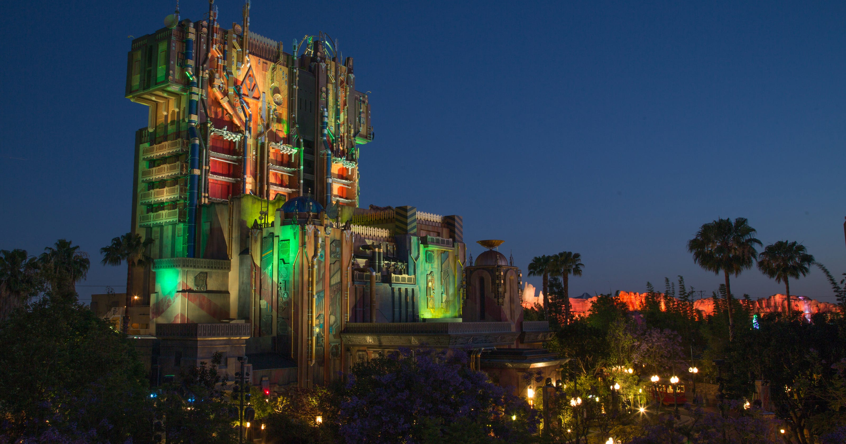 disney s new guardians of the galaxy ride here s what to expect