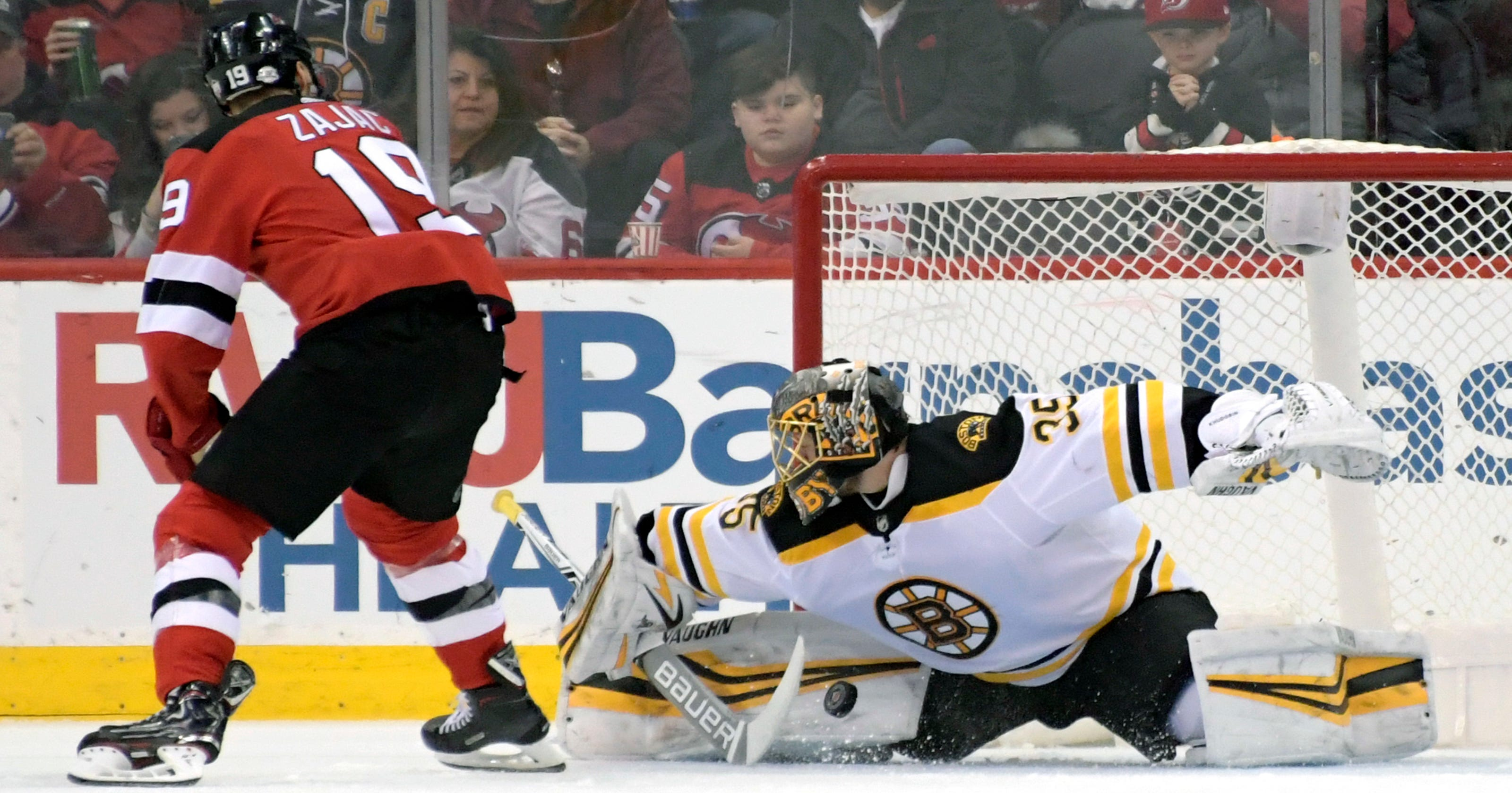 af97f4db343 McQuaid's first goal gives Bruins win over Devils