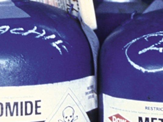 methyl-bromide-canisters.jpg