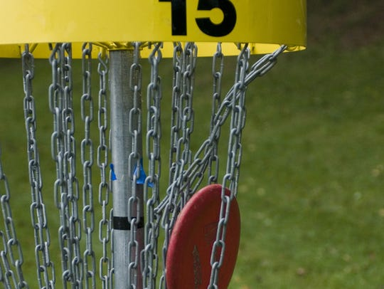 Sports like disc golf, which participates can do on