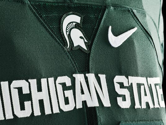 635654380470193353-150320-Nike-Michigan-State-home-3527
