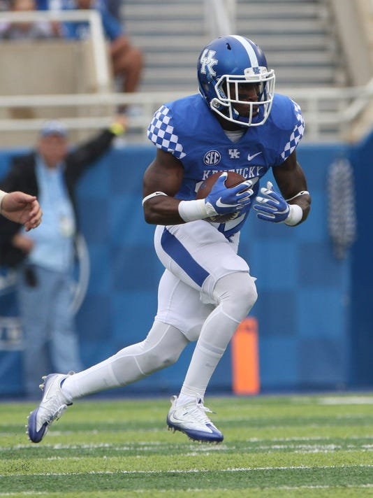 NCAA Football: New Mexico State at Kentucky