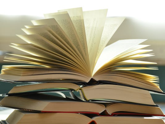 636692312226142162-blur-books-close-up-159866.jpg